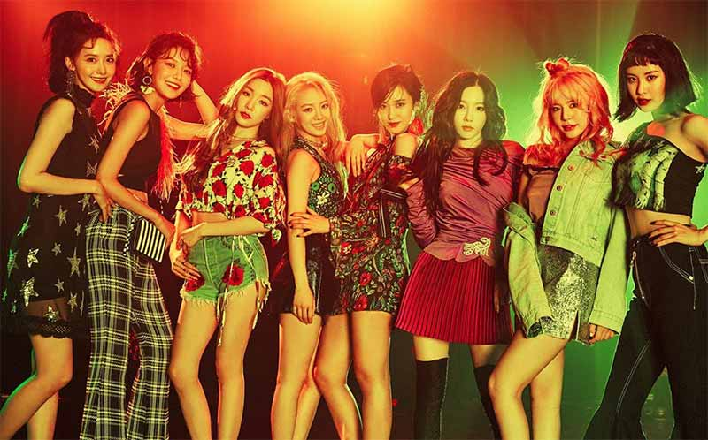 Holiday Night - SNSD